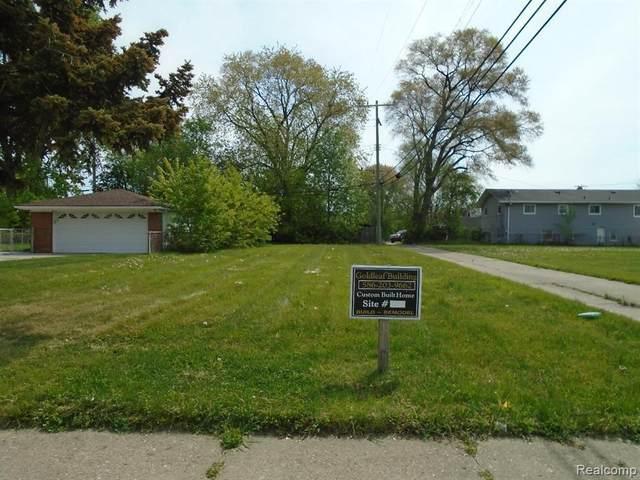25102 Pearl St, Roseville, MI 48066 (MLS #2210061470) :: The BRAND Real Estate