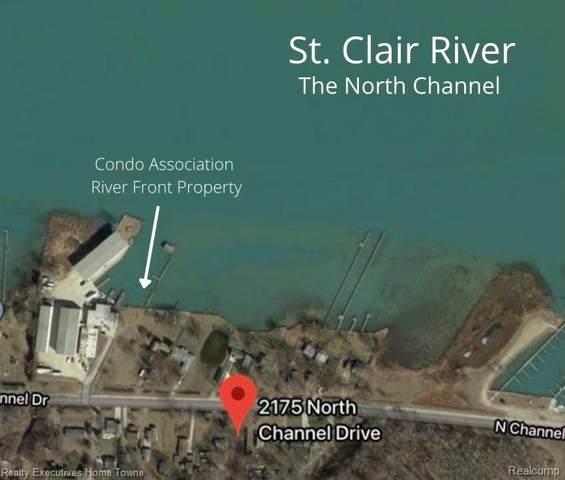 2175 N Channel Dr, Harsens Island, MI 48028 (MLS #2210060553) :: The BRAND Real Estate