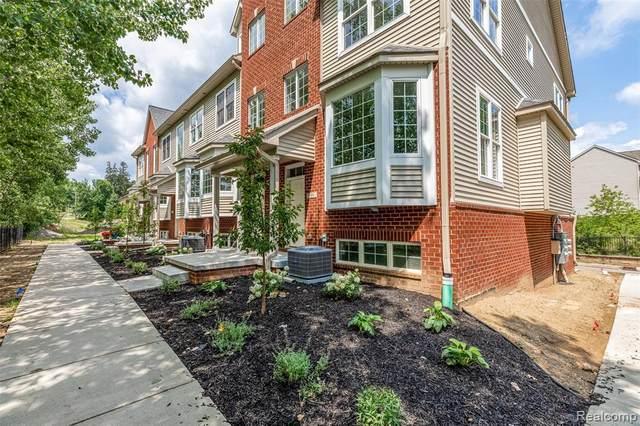 587 Village Ln, Milford, MI 48381 (MLS #2210062571) :: The BRAND Real Estate