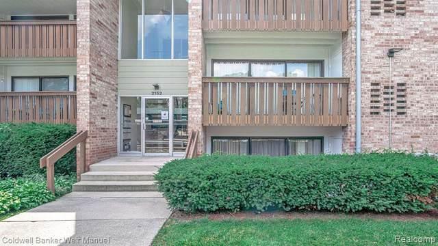 2152 Pauline Blvd Apt 105, Ann Arbor, MI 48103 (MLS #2210064521) :: The BRAND Real Estate