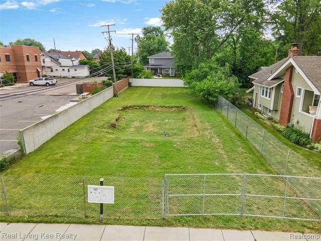117 Phillips Plc, Royal Oak, MI 48067 (MLS #2210064620) :: The BRAND Real Estate