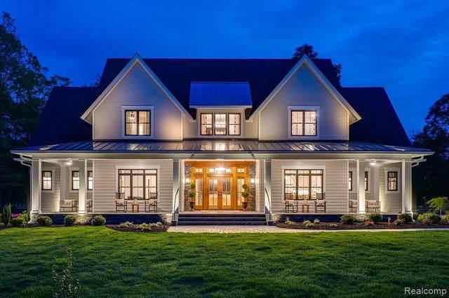 11999 Scenic Valley, Davisburg, MI 48350 (MLS #2210065443) :: The BRAND Real Estate