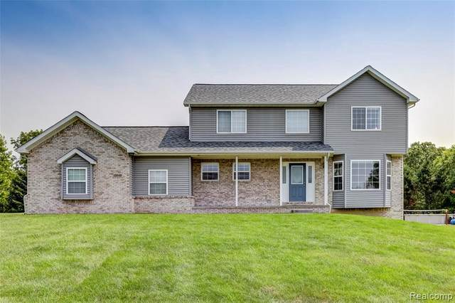 13049 Keweenaw Crt, Linden, MI 48451 (MLS #2210066725) :: Kelder Real Estate Group