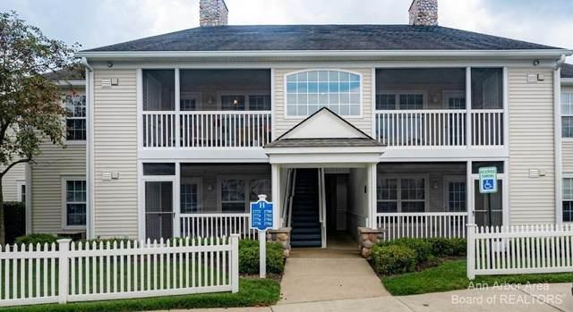 2774 S Knightsbridge Cir, Ann Arbor, MI 48105 (MLS #3283474) :: The BRAND Real Estate