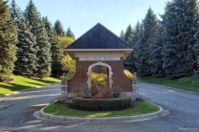 5150 Abbey Rd, Rochester, MI 48306 (MLS #2210071347) :: The BRAND Real Estate