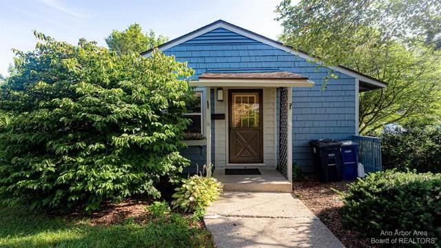 2268 Pittsfield Blvd, Ann Arbor, MI 48104 (MLS #3283708) :: The BRAND Real Estate
