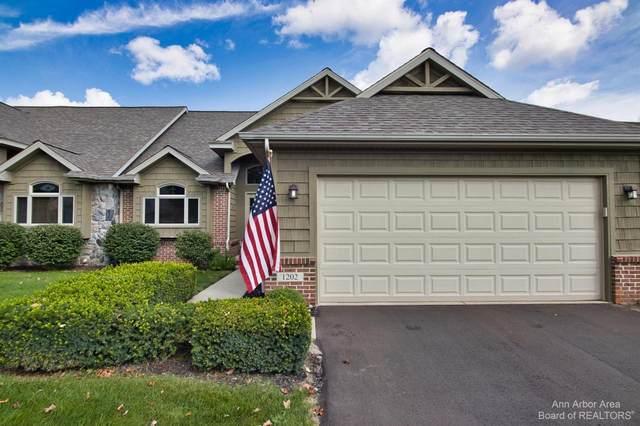1202 Arbor Ridge Dr, Brighton, MI 48116 (MLS #3283693) :: The BRAND Real Estate
