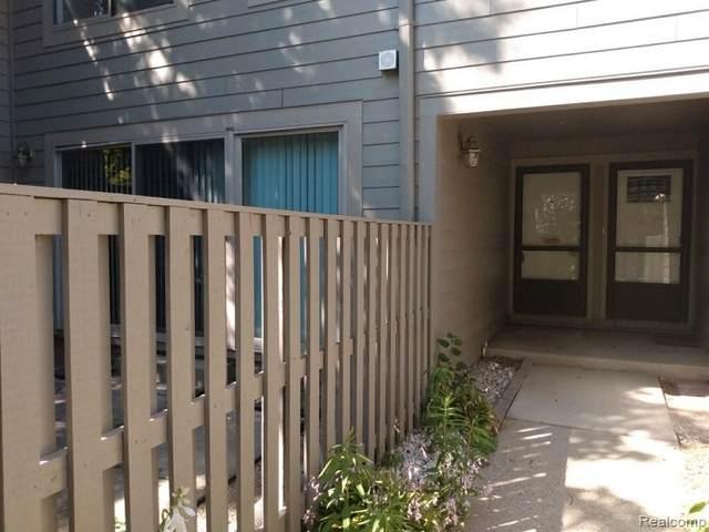3039 Lake Haven Dr, Ann Arbor, MI 48105 (MLS #2210075306) :: The BRAND Real Estate
