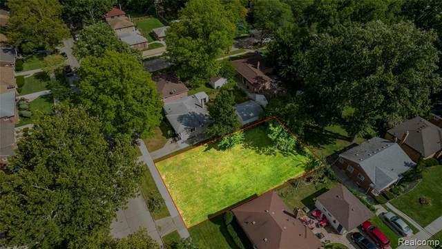 14531 Pearson, Oak Park, MI 48237 (MLS #2210076635) :: The BRAND Real Estate