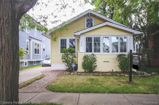 1208 Emmons Ave, Birmingham, MI 48009 (MLS #2210078362) :: The BRAND Real Estate