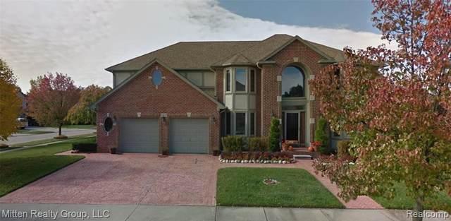 48507 Crescent Dr, Macomb, MI 48044 (MLS #2210078414) :: The BRAND Real Estate