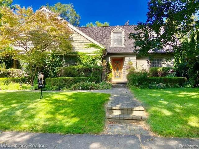 2130 Avon Lane, Birmingham, MI 48009 (MLS #2210078509) :: The BRAND Real Estate