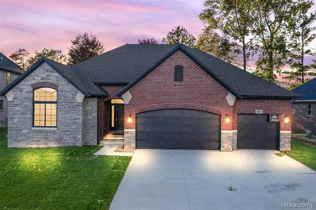 50114 Kapalua Dr, Macomb, MI 48042 (MLS #2210078662) :: The BRAND Real Estate
