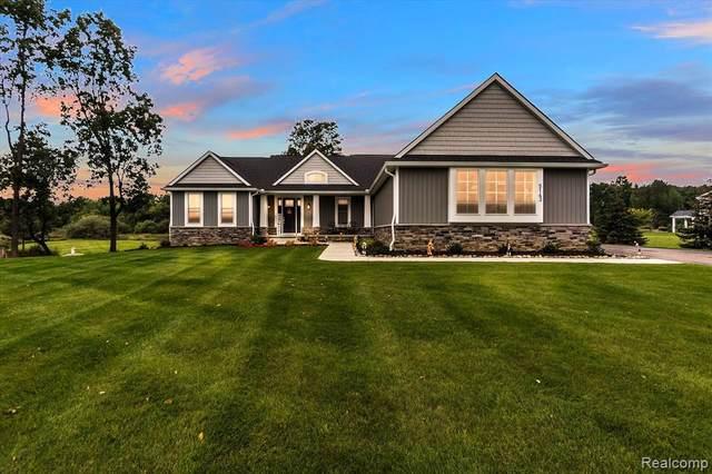 5143 Birch Dr, Davisburg, MI 48350 (MLS #2210079919) :: Kelder Real Estate Group