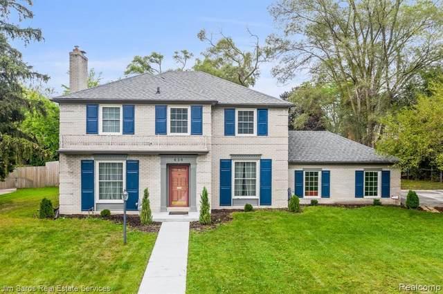 630 Westchester Rd, Grosse Pointe Park, MI 48230 (MLS #2210080332) :: The BRAND Real Estate