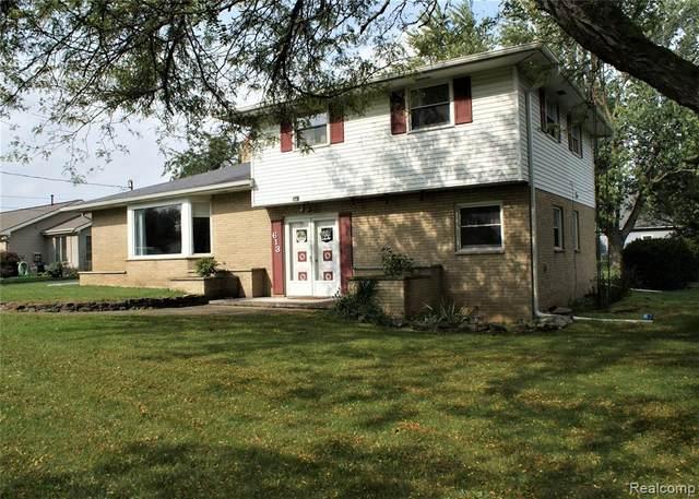 613 E Rolston Rd, Linden, MI 48451 (MLS #2210085609) :: Kelder Real Estate Group