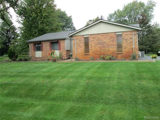 3564 N Trentwood Dr, Update, MI 48382 (MLS #2210086746) :: Kelder Real Estate Group