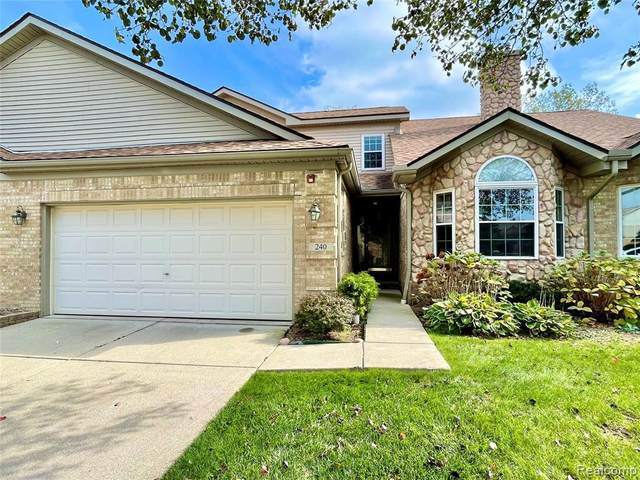 240 Cherry Hill Pointe Dr, Canton, MI 48187 (MLS #2210086875) :: Kelder Real Estate Group