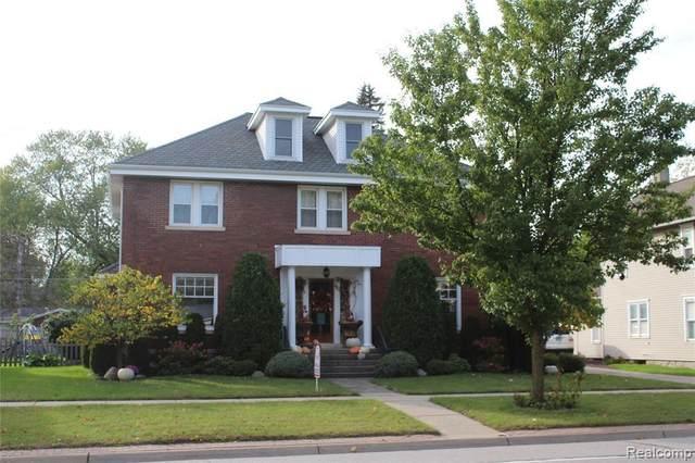 320 S Main, Perry, MI 48872 (MLS #2210086343) :: Kelder Real Estate Group