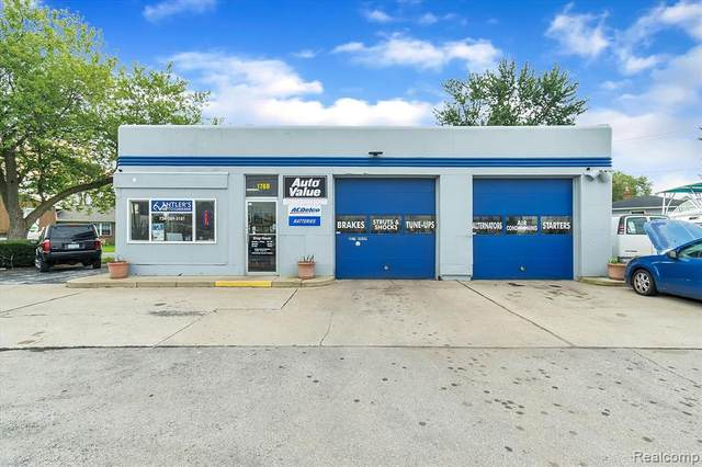 1760 N Dixie Hwy, Monroe, MI 48162 (MLS #2210086984) :: Kelder Real Estate Group