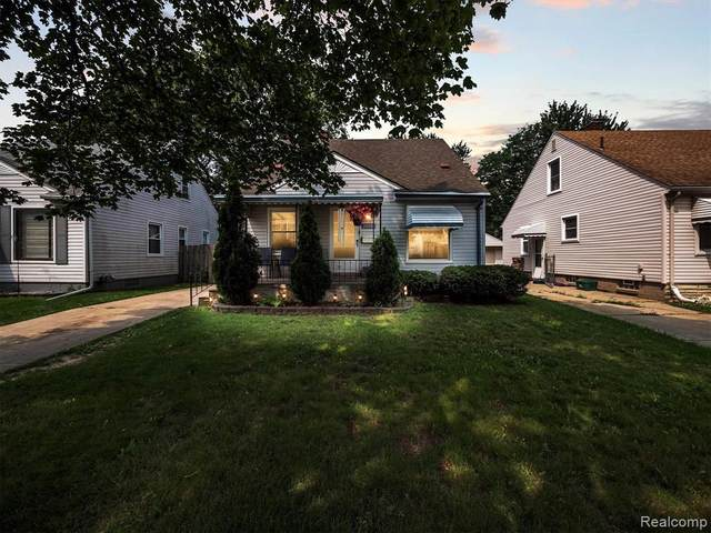 28089 Essex St, Roseville, MI 48066 (MLS #2210087137) :: Kelder Real Estate Group