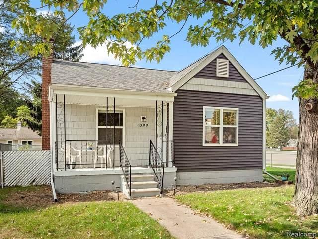 1309 N Wilson Ave, Royal Oak, MI 48067 (MLS #2210079149) :: Kelder Real Estate Group