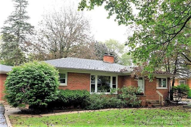 230 W Hillcrest Blvd, Ypsilanti, MI 48197 (MLS #3284544) :: Kelder Real Estate Group