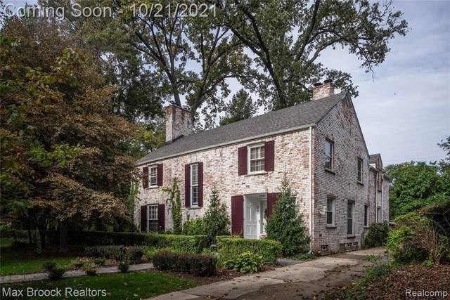 24 Cambridge Blvd, Pleasant Ridge, MI 48069 (MLS #2210087104) :: Kelder Real Estate Group