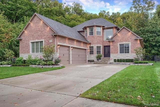19165 Thornberry Dr, Macomb, MI 48042 (MLS #2210086821) :: Kelder Real Estate Group