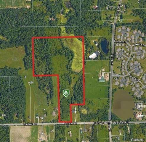 001 Baldwin Rd, Fenton, MI 48430 (MLS #2210087856) :: The BRAND Real Estate