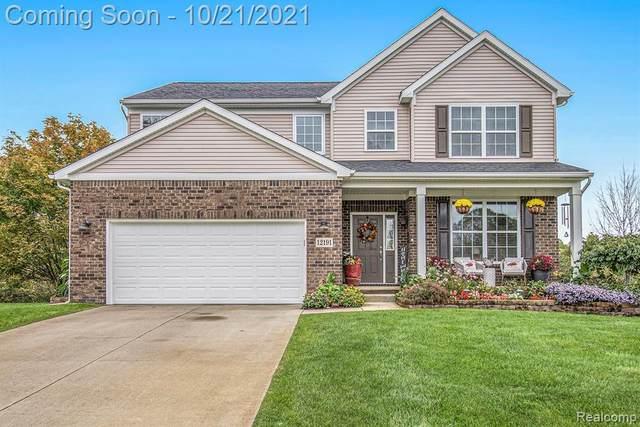 12191 Boldrey Dr, Fenton, MI 48430 (MLS #2210084185) :: The BRAND Real Estate