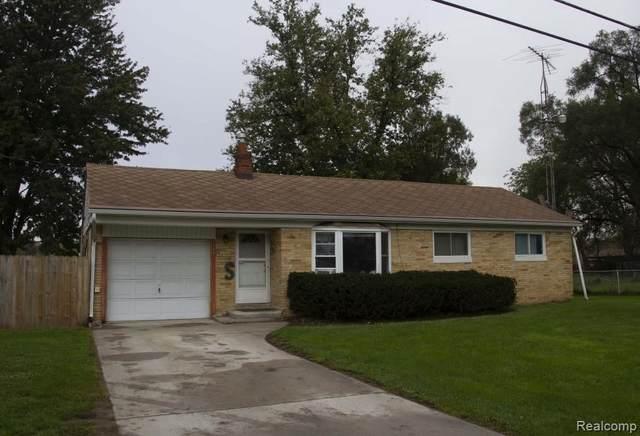5493 Kellar Ave, Flint, MI 48505 (MLS #2210087120) :: The BRAND Real Estate