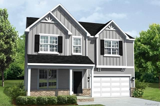 9882 Kylie Dr, Brighton, MI 48116 (MLS #2210087978) :: The BRAND Real Estate