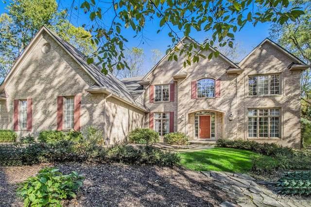6081 Stonegate Dr, Brighton, MI 48116 (MLS #3284558) :: The BRAND Real Estate