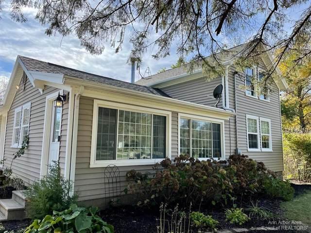 16991 Walker Rd, Grass Lake, MI 49240 (MLS #3284568) :: Kelder Real Estate Group