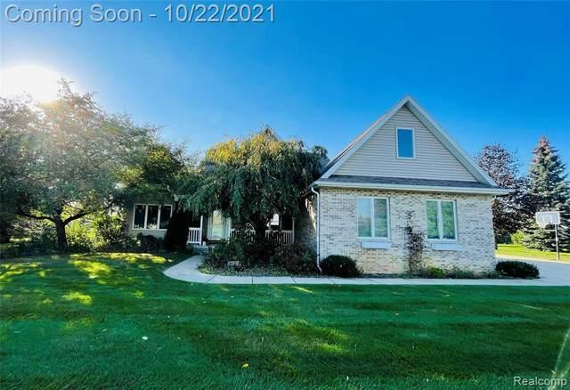 2075 Skipping Stone Trail, Flushing, MI 48433 (MLS #2210088481) :: The BRAND Real Estate