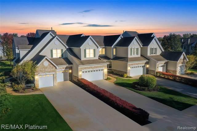 26422 Island Lake Dr, Novi, MI 48374 (MLS #2210088586) :: The BRAND Real Estate