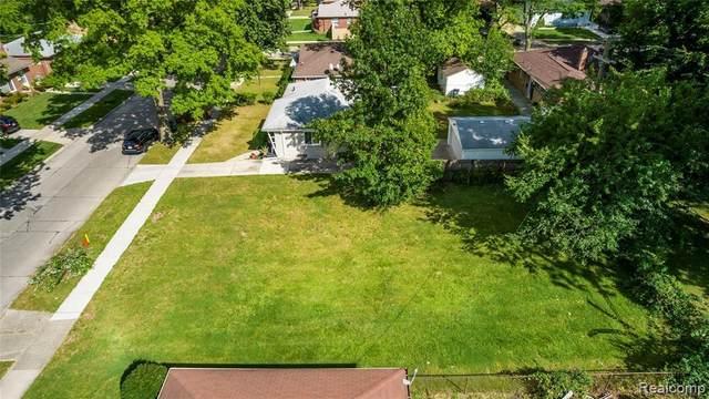 14531 Pearson, Oak Park, MI 48237 (MLS #2210089636) :: Kelder Real Estate Group