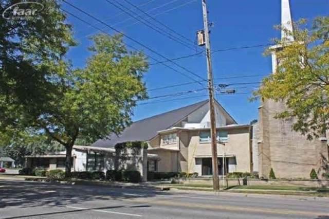 2920 W Court Street, Flint, MI 48503 (MLS #50000995) :: The Tom Lipinski Team at Keller Williams Lakeside Market Center