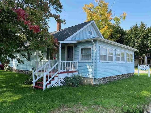 445 N Main Street, Perry, MI 48872 (MLS #50024657) :: Scot Brothers Real Estate