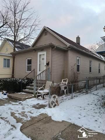 1120 Franklin St., Monroe, MI 48161 (MLS #50032756) :: The BRAND Real Estate
