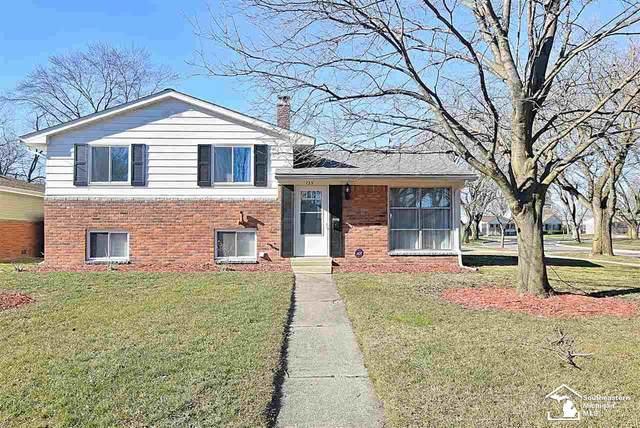 125 Cranbrook Blvd, Monroe, MI 48162 (MLS #50032761) :: The BRAND Real Estate