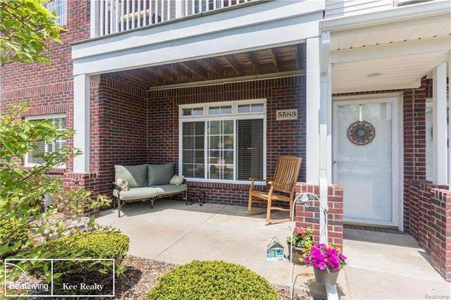 5583 Twin Oaks Dr, Sterling Heights, MI 48314 (MLS #50032775) :: The BRAND Real Estate