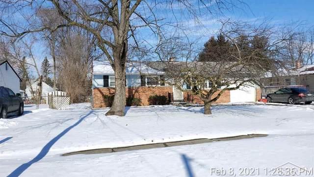 2251 Kansas, Saginaw, MI 48601 (MLS #50034360) :: The BRAND Real Estate