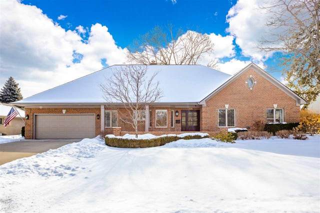55 Moorland Drive, Grosse Pointe Shores, MI 48236 (MLS #50034420) :: The BRAND Real Estate