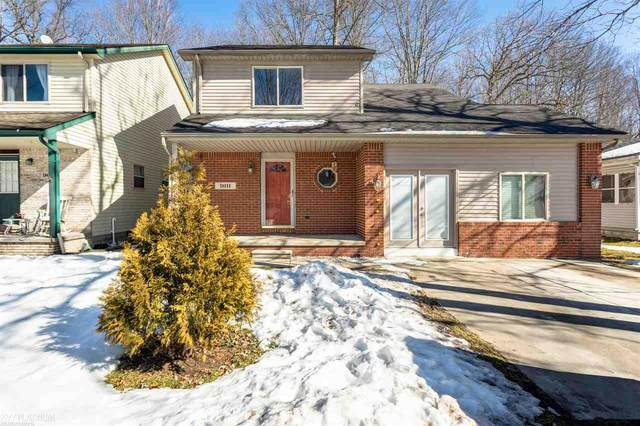 9111 Maple Rd, Algonac, MI 48001 (MLS #50035163) :: The BRAND Real Estate