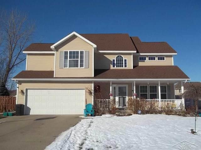 573 E Braeburn Dr, Saginaw, MI 48638 (MLS #50035336) :: The BRAND Real Estate