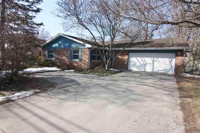 2465 Hemmeter, Saginaw, MI 48603 (MLS #50035386) :: The BRAND Real Estate