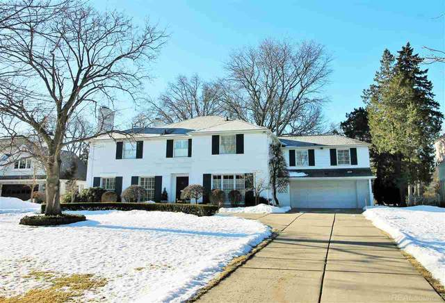 521 Renaud, Grosse Pointe Woods, MI 48236 (MLS #50035421) :: The BRAND Real Estate