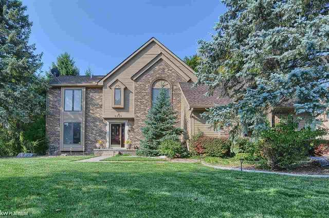 6026 James Head Court, West Bloomfield, MI 48324 (MLS #50035448) :: The BRAND Real Estate